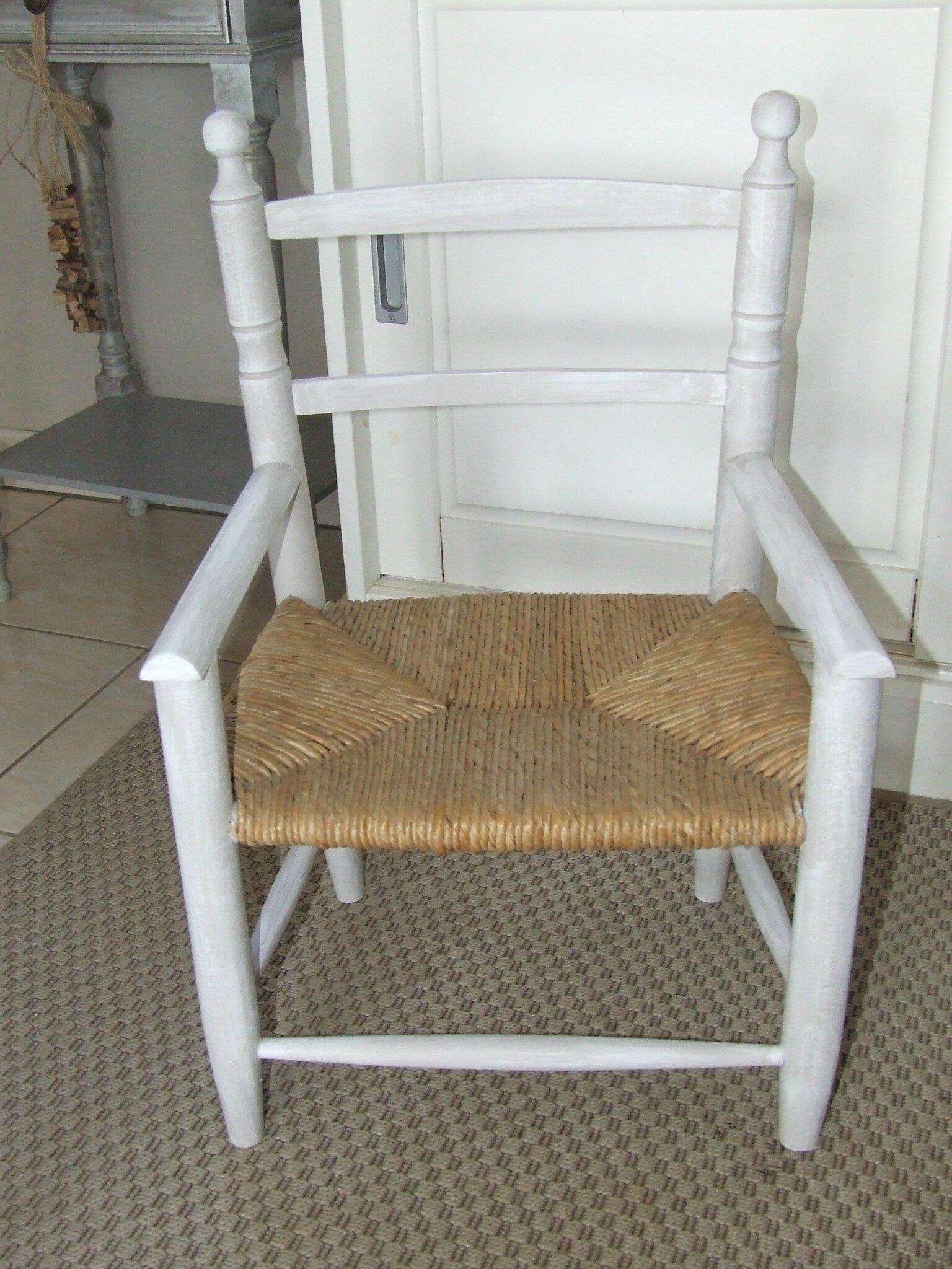 fauteuil bois et osier pour enfant photo de mes. Black Bedroom Furniture Sets. Home Design Ideas