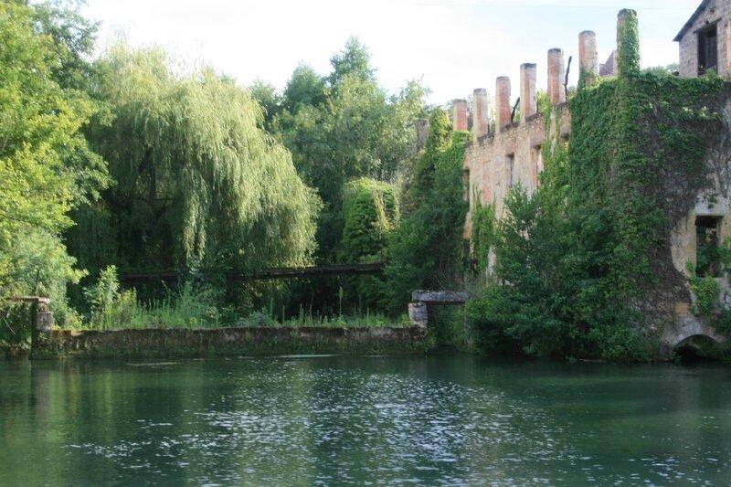 110714 Moulin del Chay et passerelle