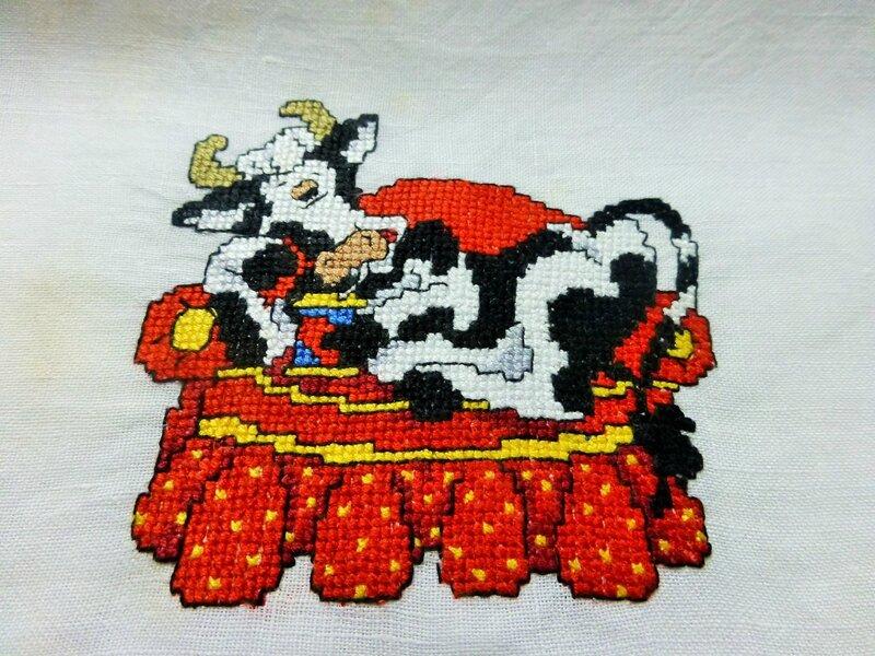 vache sur canapé