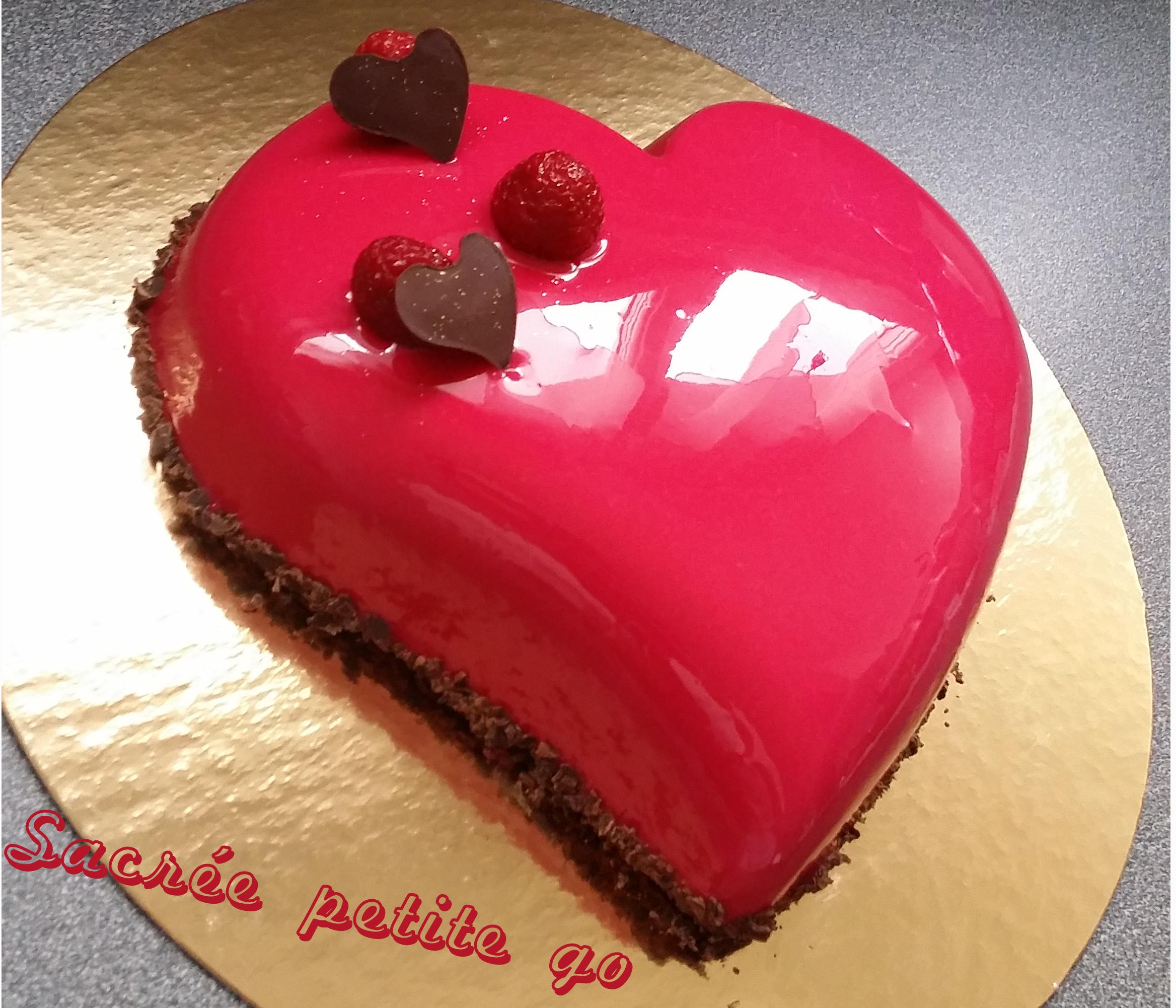 Rainbow Cake Mousse Chocolat Noir