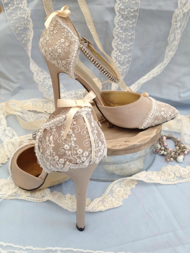 chaussures de mariage delphine manivet pour cosmo paris mariage paris et pandas. Black Bedroom Furniture Sets. Home Design Ideas