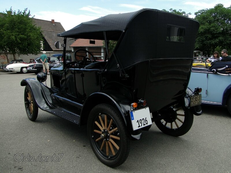 ford-t-touring-1926-b