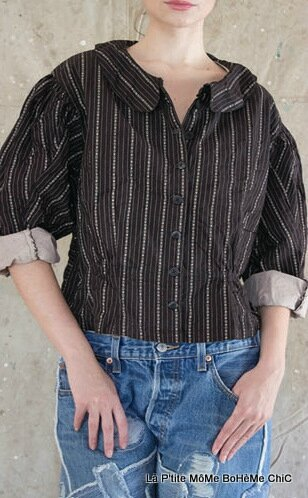 1-MP European cotton Union jacket with button down front, lonf sleeves, collar and gathering waist Luna pinstripe