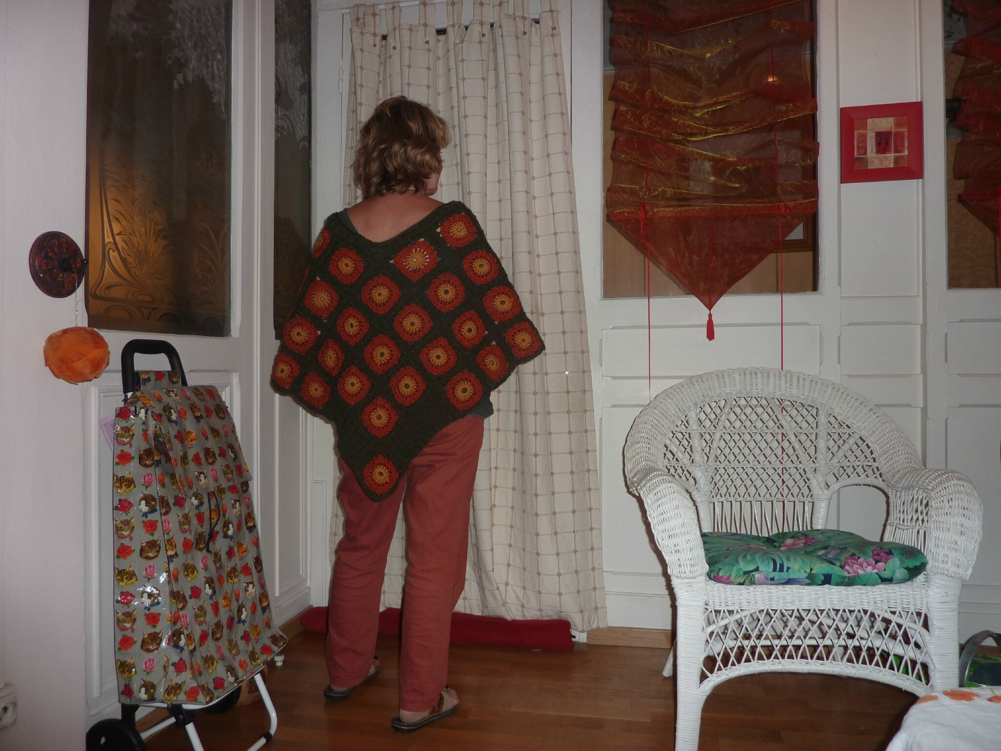 Suite my sister's poncho