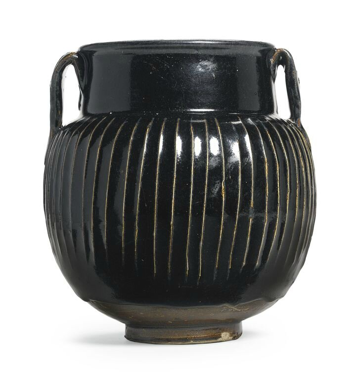 A rare and large ribbed black-glazed jar, Northern Song - Jin Dynasty