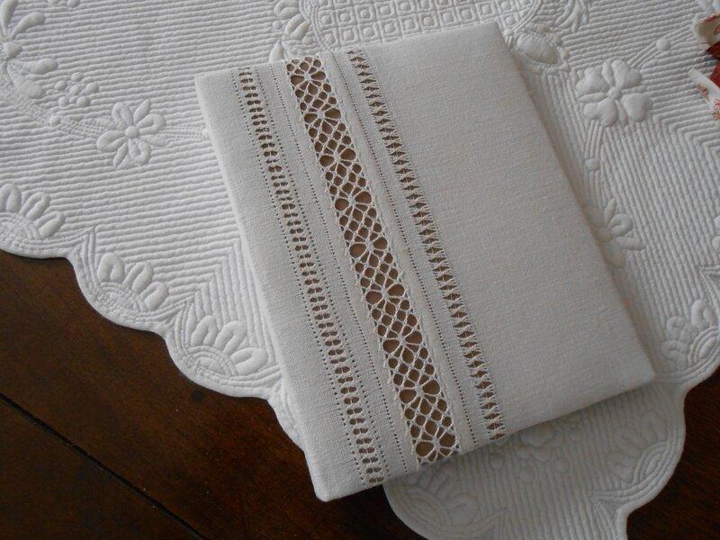 pochette dentelle taupe - blanc 0