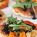 Pizza (ou pizzettes) vgtarienne(s) avec butternut, mozzarella et roquette