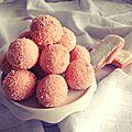 Truffes au chocolat blanc & biscuits roses