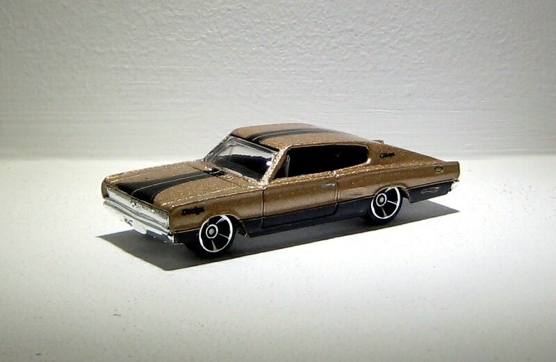 Dodge charger de 1967 (Hotwheels 2010)