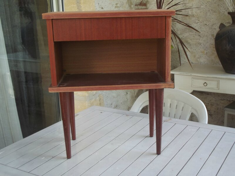 Table de chevet vintage des ann es 50 patine deco - Table chevet vintage ...