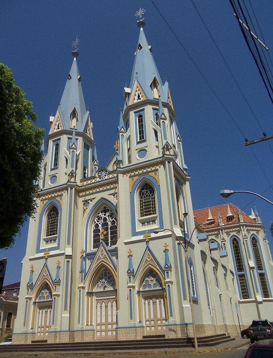 PONTE NOVA 1 (église)