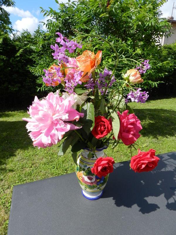 Qui voudrait peindre mon bouquet fleurs du jardin les for Guide des fleurs du jardin