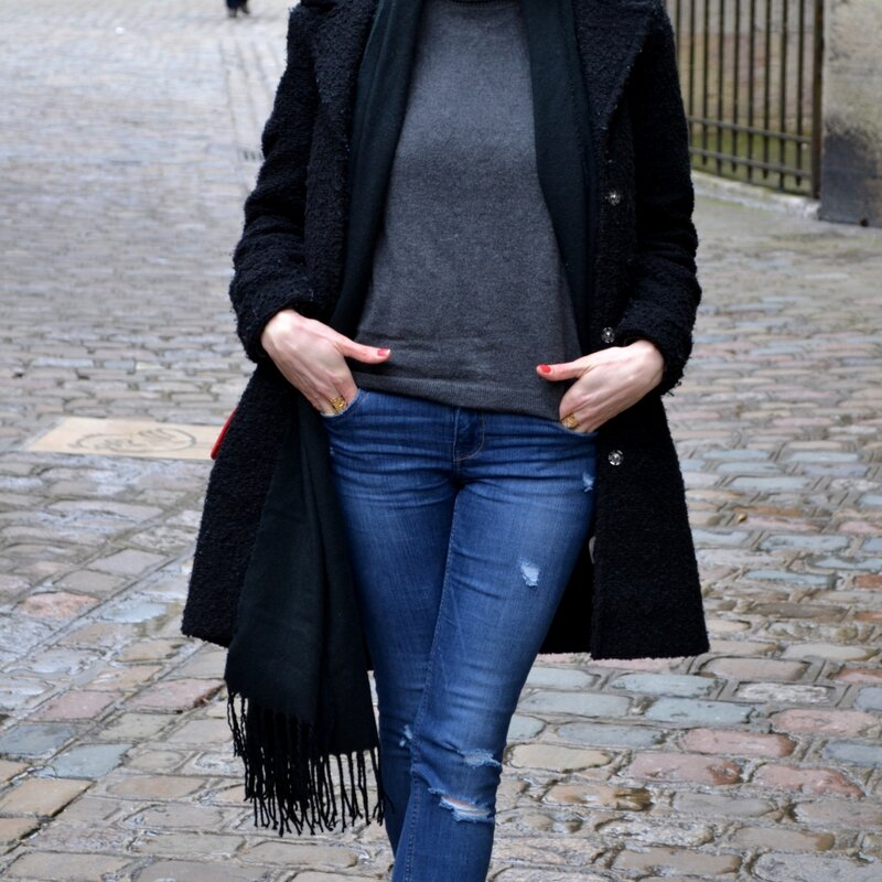 LOOK OF THE DAY327
