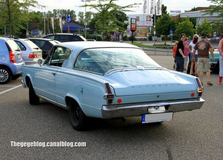 Plymouth barracuda coupé de 1966 (Rencard Burger King aout 2012) 02