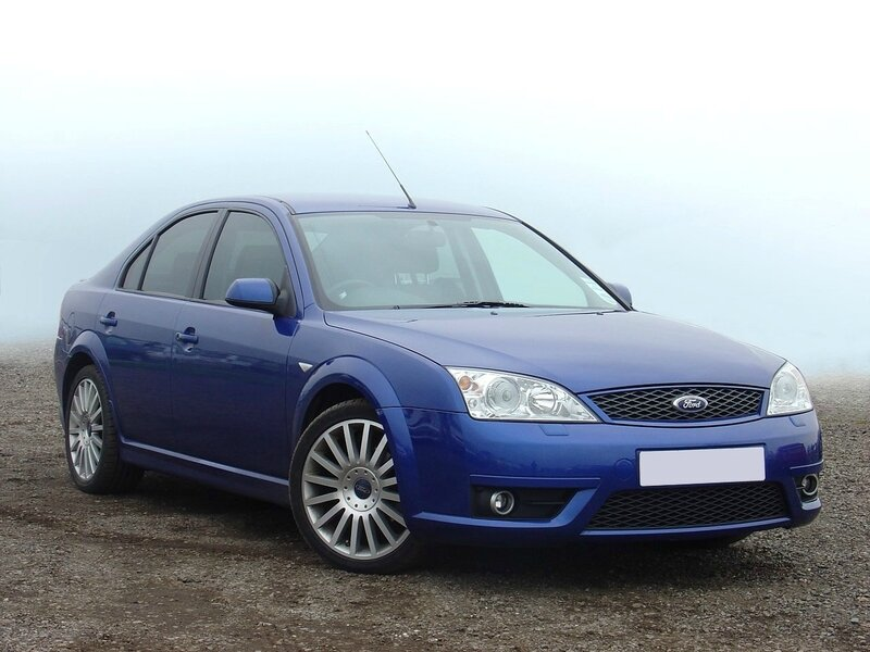 Ford_Mondeo_ST220_Blue