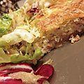 Tarte rustique crabe et crevettes et son méli mélo de salades, navet et fenouil râpé !