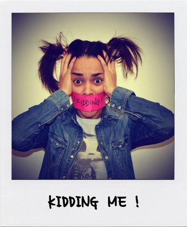 St_phanie_Piog__NO_KIDDING_KIDDING_ME