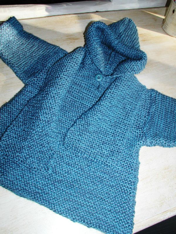 pull/poncho taille 2 ans