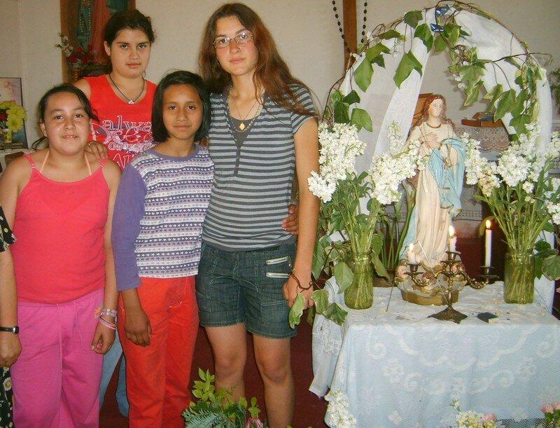 En la Capilla Nuestra Señora del Rosario en el barrio del Capricornio