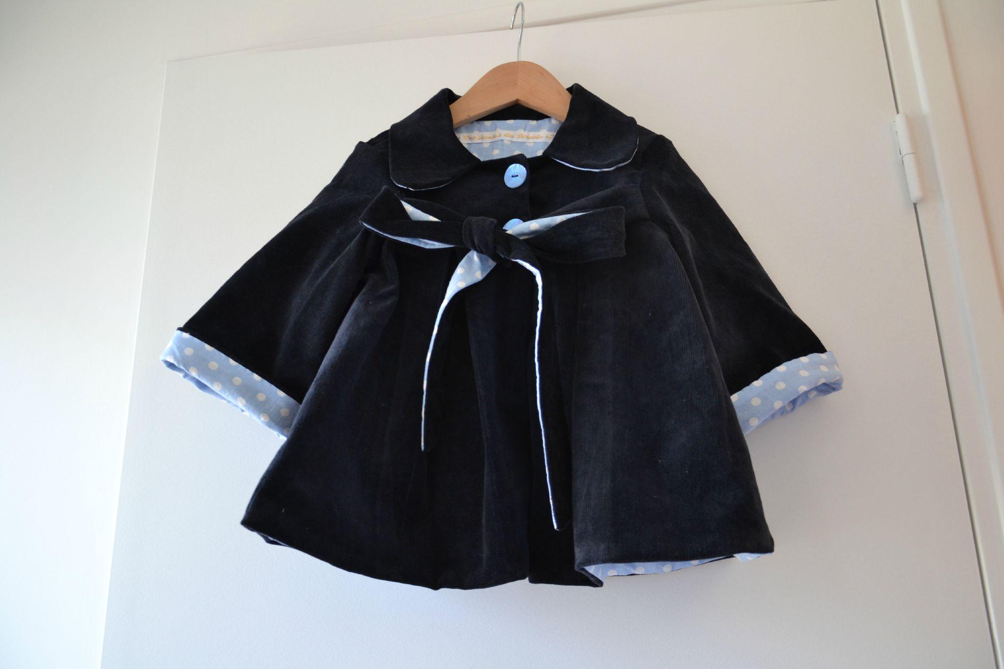 manteau bleu marine pois ciel 14 photo de pour sortir. Black Bedroom Furniture Sets. Home Design Ideas