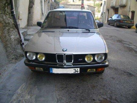 BMW528iav2