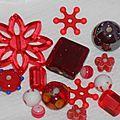 Nouveauté en perlerie : lots mixés de perles rouges