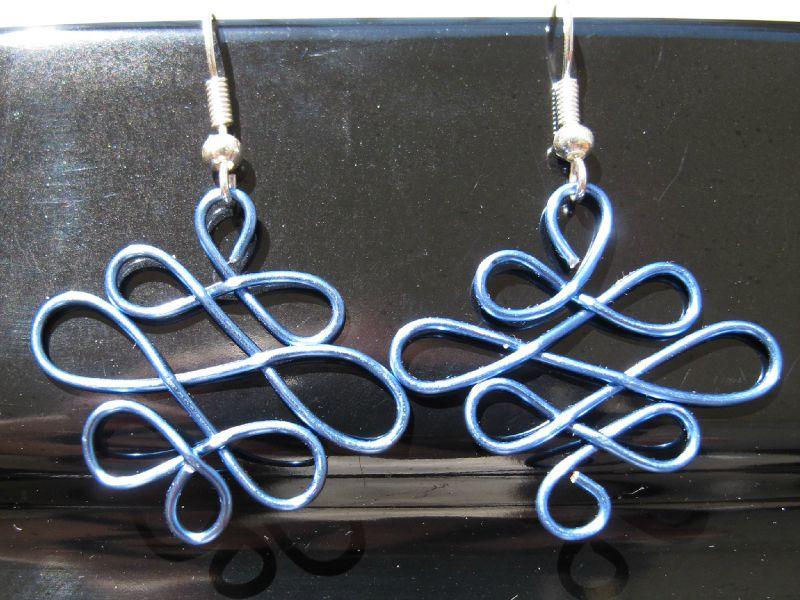 BO wire losange bleu