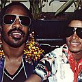Michael jackson et stevie wonder chantent master blaster au madison square garden, en 1980 - par gil scott-heron