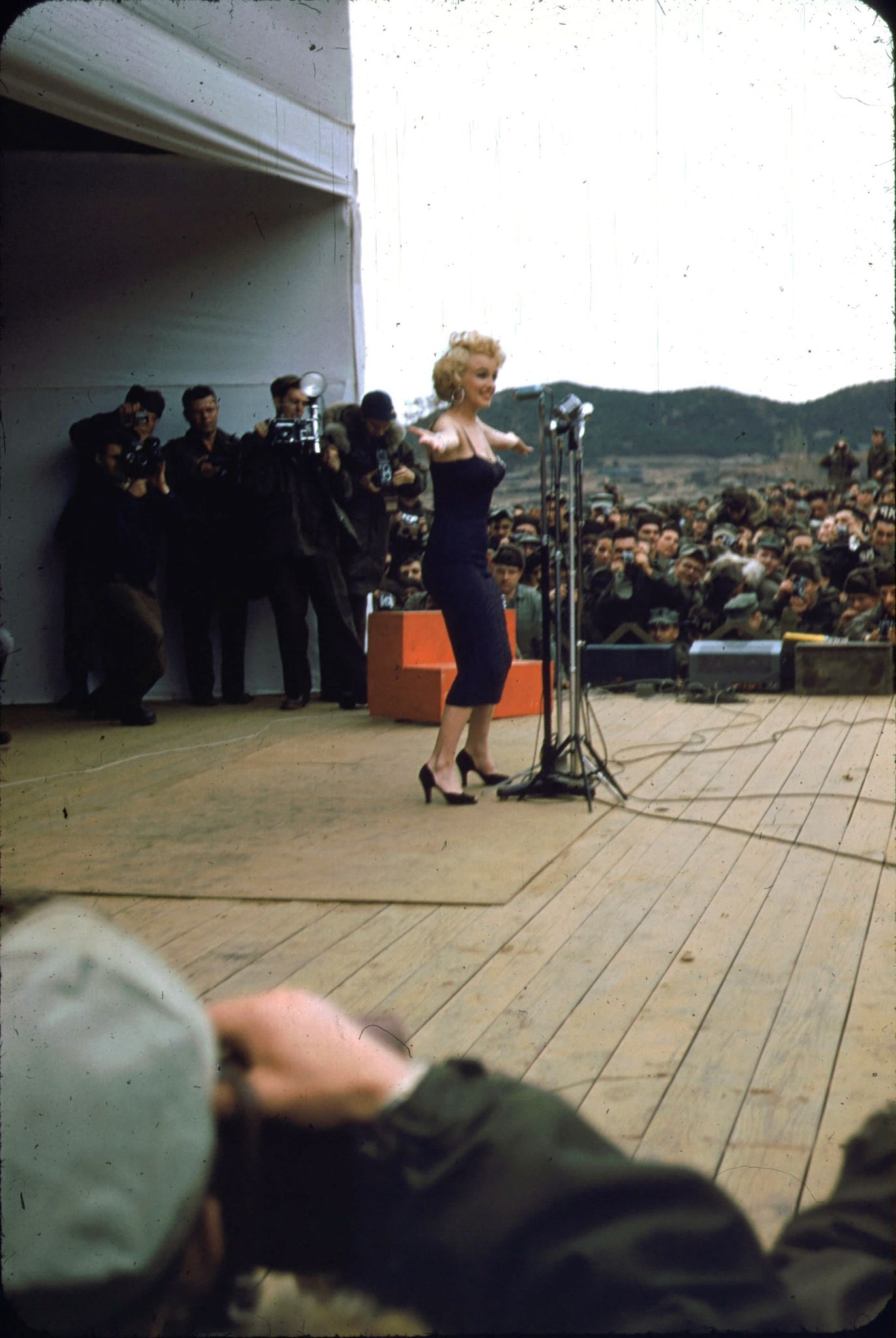 1954-02-17-stage_out-by_david_geary-07-2
