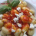 Gnocchi de pommes de terre à la sauce tomate et ricotta