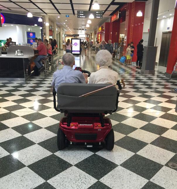 old-couples-having-fun-21__605