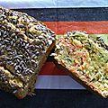 Cake au saumon fumé, coriandre fraiche et graine de tournesol