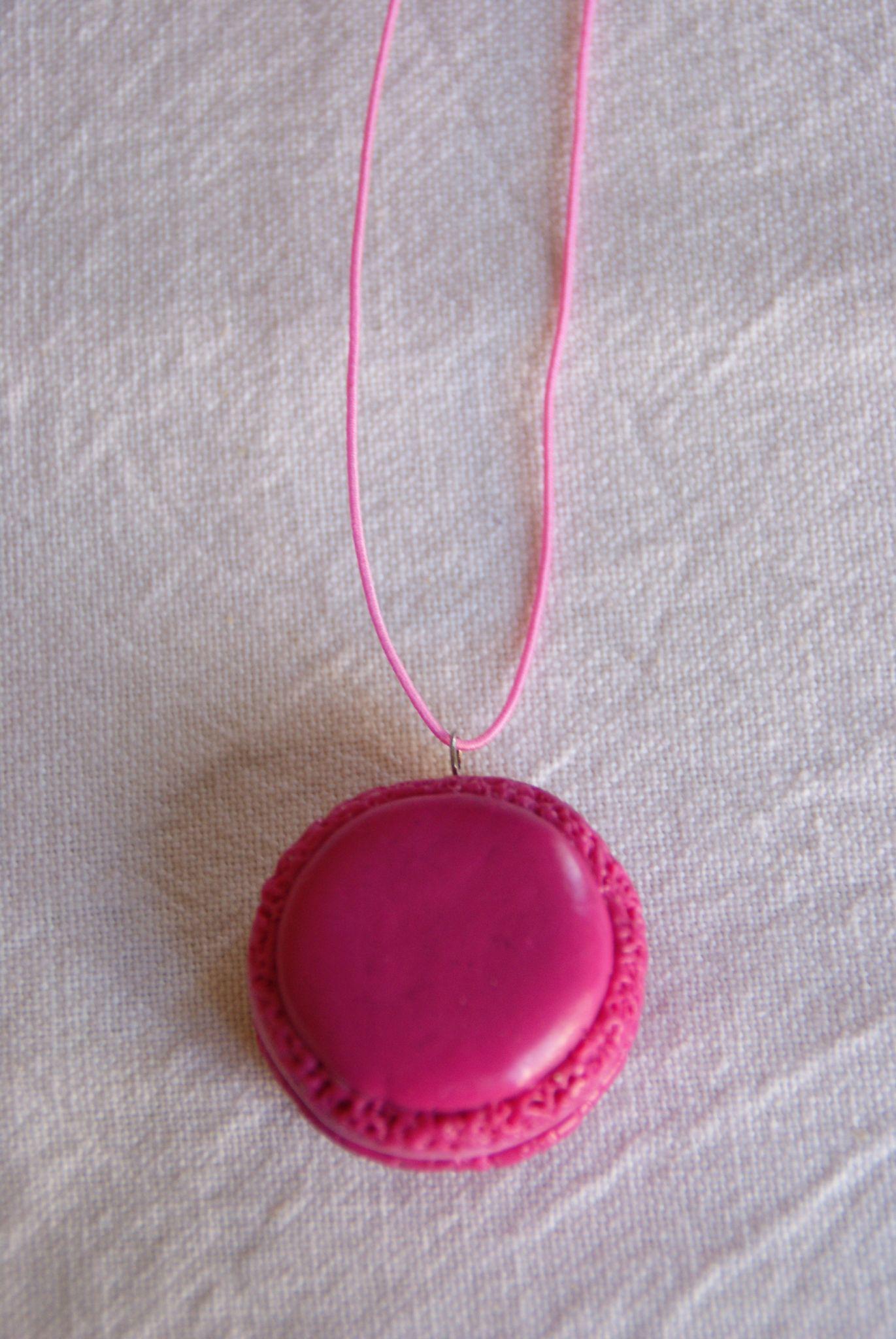 Pendentif macaron rose