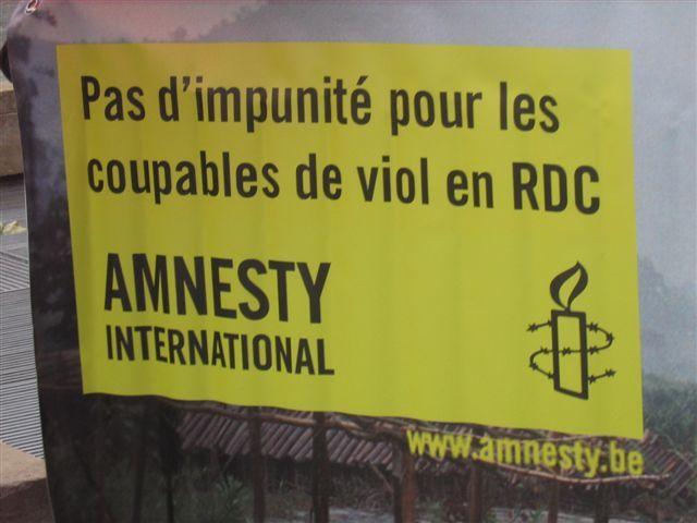 Manifestation Amnesty 25 novembre 2008 026