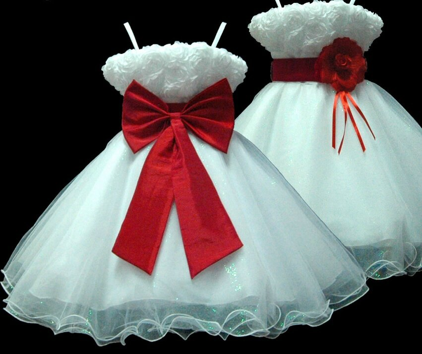 24fd153e020a0 Robe fille blanche et rouge - Mariage Toulouse