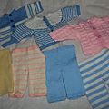 Layette tricotée par claire, mamie de 89 ans.