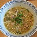 Soupe de nouille de riz au poulet :