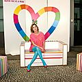 Agatha ruiz de la prada et sa collection de meubles en carton 2012