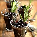 Verrines de myrtilles au vin rouge & romarin