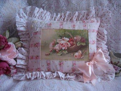 Klein rose basket pillow 001