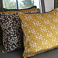 Les petits coussins d'automne #4 et #5 (liberty capel moutarde versus mitsy gris)