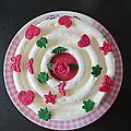 Gâteau monté décoré à la pâte à sucre
