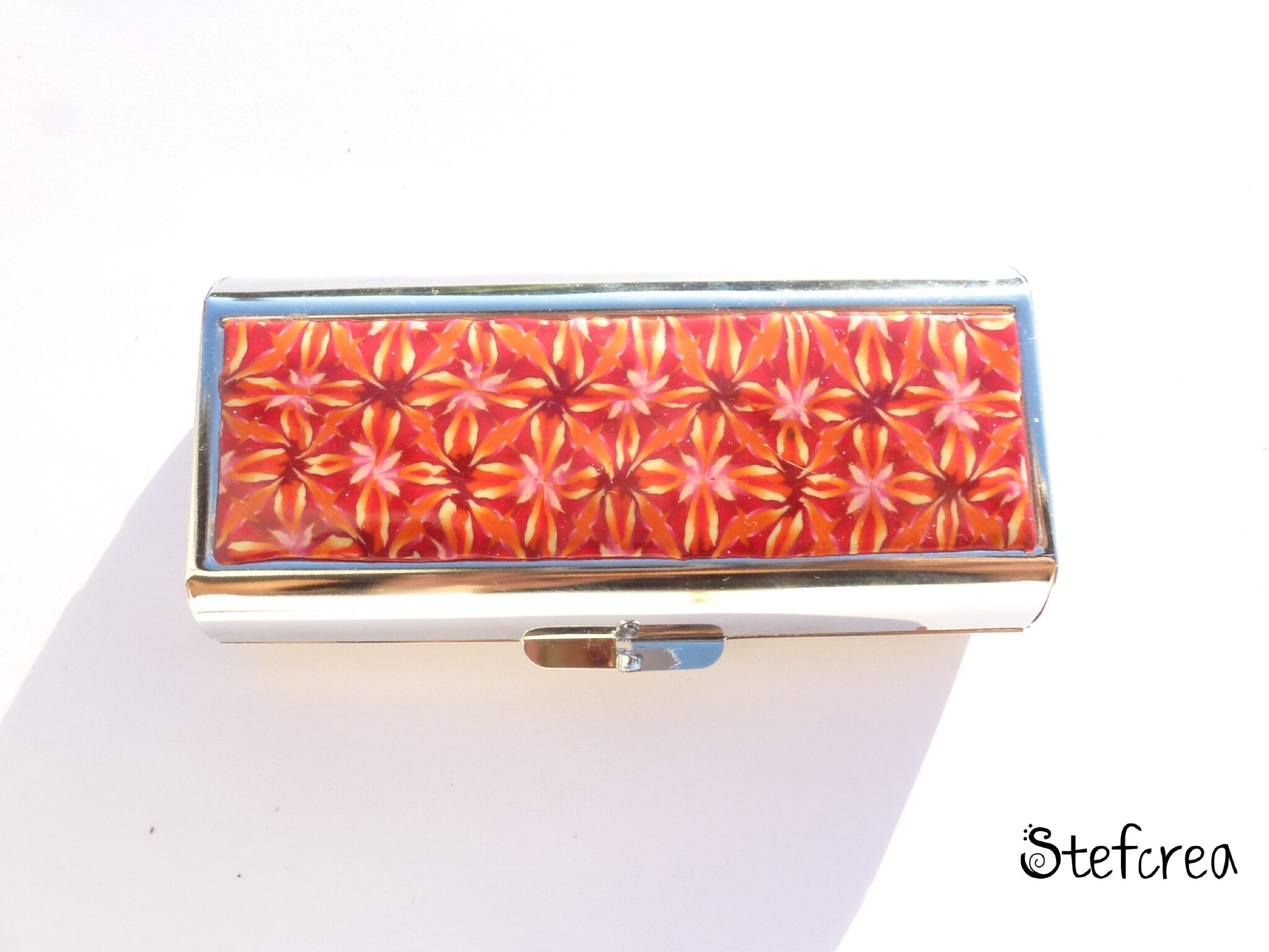 etui_cigarette_rouge