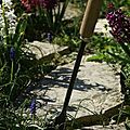 Desherber le jardin avec la fibro