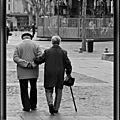 Citation : l'homme jeune marche plus vite que l'ancien... mais l'ancien connaît la route (parole d'un vieux sage)
