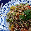 Taboulé au boulgour, concombre, tomates cerises et menthe