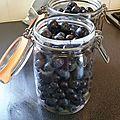 Conserves de raisins au naturel avec étiquette