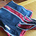 Un sac cousu à partir de tissu de récup'
