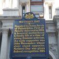 devant City Hall