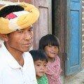 Birmanie / Environs de Kalaw / Chef du village